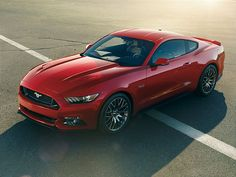 2015 Ford Mustang features industry-first knee airbag design.