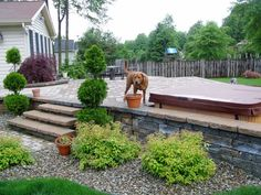 Amazing Landscaping Ideas To Perk Up Your Backyard Outdoors Have you ever thought about landscaping your backyard? There are many great landscaping ideas for the backyard that you can incorporate to add an area... Landscaping Tools, Farmhouse Landscaping, Small Backyard Landscaping, Landscape Plans, Landscape Design, Garden Design, House Design, Ranch Style Homes, Ranch Homes