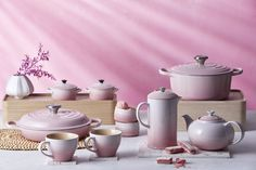 Whatsapp Virginia: Le Creuset has launched a millennial pink ombre collection and it looks divine Le Creuset, Casserole Dishes, Pastel Pink, Ultra Violet, Health And Beauty, Tea Pots, Product Launch, The Incredibles, Plates