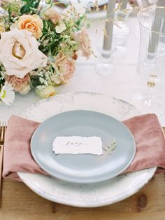 Not to be dramatic, but this French country chic wedding inspiration completes me. From the storied farmhouse tablescape to the organic floral designs to the hand-painted cake, this Texas wedding gallery simply breathes Europe. Look no further for the ingredients you can use to achieve a French inspired wedding here in the US... this full shoot is on Ruffled Blog now! #provenceinspiredwedding #laceweddingdress #texasweddingvenue