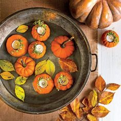 A Simple Tub and Pumpkin Votives for a Low-Key Centerpiece this Fall