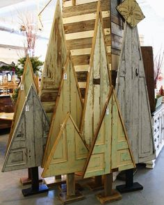 Old doors as Christmas trees at our location for weekend 🌲🌲🌲 Stop by today until for our Holiday Open House! Pallet Christmas Tree, Christmas Wood Crafts, Christmas Door, Primitive Christmas, Outdoor Christmas, Rustic Christmas, Christmas Projects, Xmas Tree, Winter Christmas