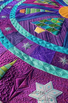 tree skirt design by Sarah Vedeler, quilted by Judi Madsen of Green Fairy Quilts AMAZING Quilting Longarm Quilting, Free Motion Quilting, Quilting Tips, Quilting Projects, Machine Quilting Designs, Art Textile, Quilt Stitching, Fabric Art, Quilt Making