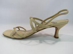 Stuart Weitzman Strappy Kitten Heels Tan Shoes Size 9 HC #StuartWeitzman #Sandals