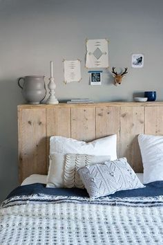 These headboard ideas to improve bedroom design will definitely match up you bedroom, style and personality as well. Let us know your favorite headboard ide Home Bedroom, Bedroom Decor, Bedrooms, Bedroom Colors, Master Bedroom, Rustic Wood Headboard, Headboard Ideas, Shelf Headboard, Headboard Pallet