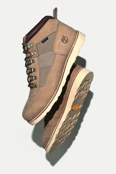 Stussy Deluxe x Timberland NM Field Boot  b03412f38648