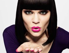 British singing superstar Jessie J is not only a superb singer but also an environmentalist as well. According to reports, part of the concert schedule of Jessie in 2014 are performances in some of . Jessie J, Stars D'hollywood, Gavin Rossdale, Edgy Haircuts, Blunt Bangs, Bob Bangs, Blunt Bob, Billie Joe Armstrong, Gwen Stefani