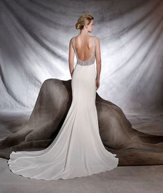 Say I Do Bridal Boutique Cork are a premium dealer of the world famous Pronovias Wedding dresses. A fabulous range of beautifully made wedding dresses. Big Wedding Dresses, Making A Wedding Dress, Lace Wedding Dress, Designer Wedding Dresses, Bridal Dresses, Tulle Wedding, Bridesmaid Dresses, Prom Dresses, Provonias Wedding Dress