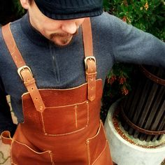 Leather Work Apron with Chest Pocket, Hip pockets, Brass Buckles and Hammer Loop-SR