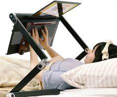 Многофункциональный столик под ноутбук или планшет