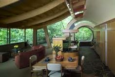 This will put the rickety structure at the bottom of your garden to shame! This amazing tree house was built in the forests of Portland, Oregon by architect Robert Harvey Oshatz. The design resonates with the surrounding area: the house was built using. Crazy Houses, Cool Tree Houses, Weird Houses, Tree House Interior, Home Interior, Interior Ideas, Interior Office, Casa Dos Hobbits, Wooden Tree House