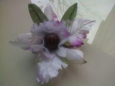 Forminhas para doces finosObra de Arte: Luxo de forminha,orquídea em cetim!!