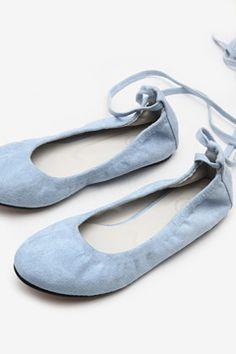 44e5875fb460 대한민국 국민수제화-소보제화. Isnaini Widiastuti · shoes ...