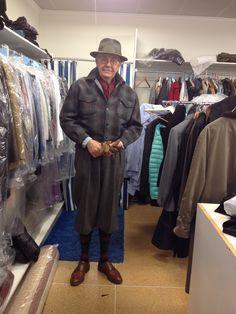 En sportig outfit som varit på omvårdnad hos vår skräddare George på Marilena (Hornsgatan 127)