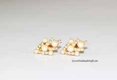 V0005 - Vintage Clip Earrings - Goldtone - Flux Pearl and AB Coating Rhinestone