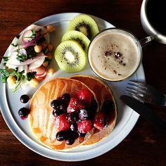 Today's breakfast. Mushroom soup with soy milk. きのこの豆乳ポタージュ - @keiyamazaki- #webstagram