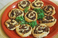 Fresh & Skinny: Cheesy Sausage Pinwheels