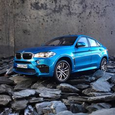 Norev F86 BMW X6M (Dealer Edition) - Long Beach Blue Metallic