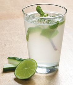 Receita desintoxicante de água Sass