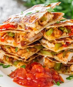 Plan the Ultimate Mexican Food Feast With These Crazy-Delicious Recipes Chicken Fajita Quesadillas - sauteed onions, red and green peppers, perfectly seasoned chicken breast, melted cheese, between two tortillas. Mexican Dishes, Mexican Food Recipes, Healthy Mexican Food, Healthy Southern Recipes, Mexican Meals, Fish Recipes, Comida Tex Mex, Tacos, Good Food