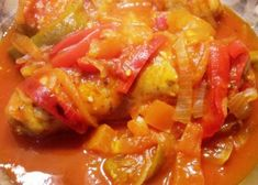 Chorizos a la pomarola, receta paso a paso Thai Red Curry, Pork, Meals, Ethnic Recipes, Sweet, Salads, Pork Loin, Vegetable Stock, Cold Cuts
