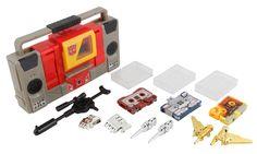 Commemorative Edition Blaster (Transformers, Universe 2, Autobot) | Transformerland.com - Collector's Guide Toy Info