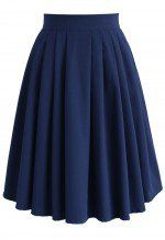 Chic Basic Pleated Skirt in Navy