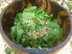 dianitas cooking: Σαλάτα Ρόκα-Παρμεζάνα με Εξαιρετική Σως Βαλσάμικο!!!!! Lettuce, Spinach, Healthy Eating, Vegetables, Statues, Food, Diy, Crafts, Manualidades