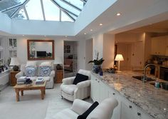 Wonderful Traditional Conservatory Kitchen Designs - The Urban Interior Orangery Extension Kitchen, Conservatory Kitchen, Kitchen Diner Extension, Conservatory Roof, Conservatory Furniture, Open Plan Kitchen Dining Living, Open Plan Kitchen Diner, Kitchen Pantry, Kitchen Cabinets
