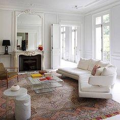 Bright white Paris Monday •  •  •  •  •  #art #interior #interiordesign #architecture #instadecor  #interiorinspo #interiorinspiration #interiors #style #inspo #inspiration #decor #theworldofinteriors #chandelier  #luxury #mansion #home #homedecor  #interiordesigner  #design #homedesign  #adstyle #elledecor #instagood  #interiorinspiration  #interiors #homedesign  #instadecor  #decoration #decorlovers #instaluxe #vogueliving #instagood #interiordecorating #luxe