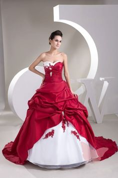 Cheap wedding gowns, Buy Quality vestidos de novia directly from China red and white wedding Suppliers: Sexy Ball Gown Satin Bride Bridal Cheap Red and White Wedding Dresses vestidos de novia robe de mariage Wedding Gown Red White Wedding Dress, Red And White Weddings, Red Wedding Dresses, Wedding Dress Train, Bridal Dresses, Bridesmaid Dresses, Women's Dresses, Gown Wedding, Red And White Dress