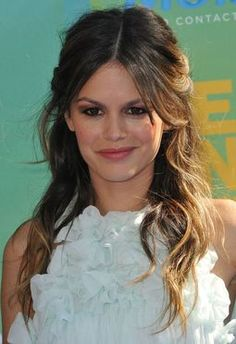 Rachel Bilson pale blue dress curled brown hair blush lipstick birthday hart of dixie
