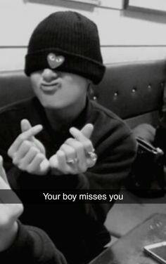 Bilderesultat for taehyung selca Taehyung Selca, Jimin, Namjoon, Bts Bangtan Boy, Hoseok, Foto Bts, V Bts Cute, V Instagram, V Bts Wallpaper