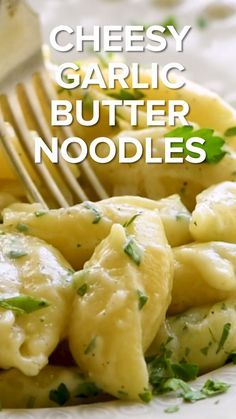 Cheesy Garlic Butter Noodles are an easy side dish recipe for any night of the week! They come together in less than 20 minutes and make a perfect pair with your main dish. You can never beat the combo of garlic, cheese and pasta! Side Dishes Easy, Side Dish Recipes, Healthy Dinner Recipes, Vegetarian Recipes, Healthy Food, Pasta Side Dishes, Ramen Recipes, Garlic Recipes, Recipes With Noodles Easy