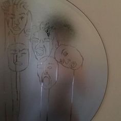 """I think this is someone making faces in a fogged up mirror and """"drawing"""" them in the condensation Kunst I think this is someone making faces in a fogg. Aesthetic Photo, Aesthetic Art, Aesthetic Pictures, Aesthetic Drawing, Art Hoe, Belle Photo, Wall Collage, Oeuvre D'art, Art Inspo"""