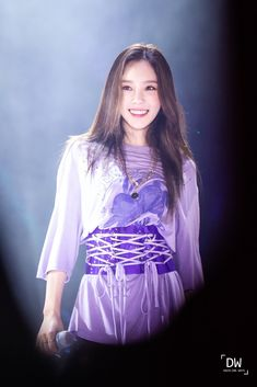 Taeyeon 190112 Solo Concert in singapore Girls Generation, Girls' Generation Taeyeon, Kim Hyoyeon, Sooyoung, Snsd, Kpop Girl Groups, Kpop Girls, Kwon Yuri, Kim Tae Yeon