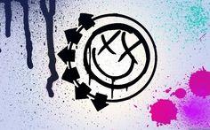 Blink 182 band for cars, or skateboard. Blink 182 Tattoo, Blink 182 Lyrics, Famous Tattoo Artists, Pop Punk Bands, Band Wallpapers, Desktop Wallpapers, Travis Barker, Warped Tour, Band Logos