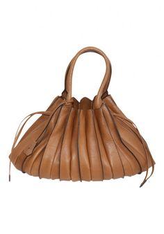Folded Leather Shoulder Handbag Camel