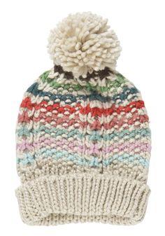 F Oversized bobble hat