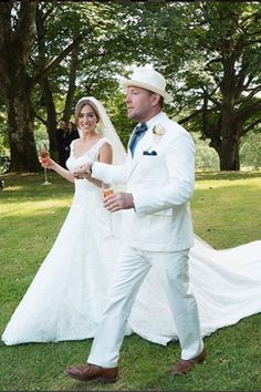 Guy Ritchie Marries Jacqui Ainsley, 2015