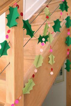 FUENTE: http://andrewrachelashmore.blogspot.com.es/2011/11/construction-paper-wreath-tutorial.html      FUENTE: http://www.etsy.com/es/...