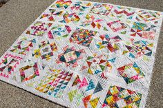 Bee quilt complete by kelbysews, via Flickr