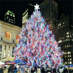 Christmas tree @ Bryant park in midtown Manhattan, NYC