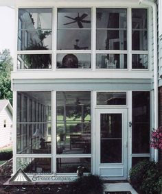 Two story porch note do not look at style or finishes Two story sunroom