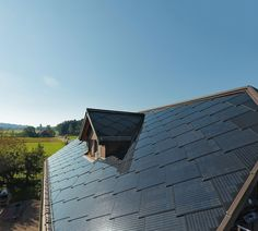 If you have looked into solar energy as an approach for heating your home, panels are generally the first things that come up. The Solar Heating Aspect… Solar Energy Panels, Best Solar Panels, Solar Roof Tiles, Solar Projects, Solar Panel Installation, Solar Charger, Roofing Systems, Solar Energy System, Architecture