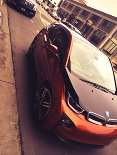 Garagesocial had a pleasure of joining #PitchaVC this weekend in #Austin at #SXSW, thanks to BMWiUSA and Life360! Here's the #BMWi3 we got to ride in.