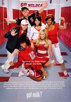 Cast of 'High School Musical (clockwise from top): Zac Efron, Vanessa Anne Hudgens, Monique Coleman, Ashley Tisdale, Corbin Bleu and Lucas Grabeel Old Disney Channel, Disney Channel Movies, Disney Channel Original, Disney Movies, Troy Bolton, High School Musical Quotes, High School Musical Cast, Zac Efron, Ashley Tisdale