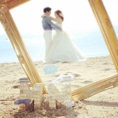 人気のイニシャルオブジェデコレーションに新作登場!! 春夏を意識した麦わら帽子です☆ ピクニックや海をテーマにした結婚式にぴったり♡ #…