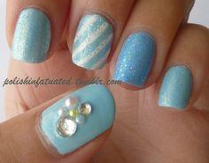 I kinda wanna try this i dont do my nails very often cuz i suck at it but i deffinetly wanna try
