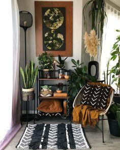 Boho Living Room, Jungle Living Room Decor, Aesthetic Room Decor, Apartment Living, Apartment Furniture, Cozy House, Home Decor Inspiration, Living Room Designs, Bedroom Decor